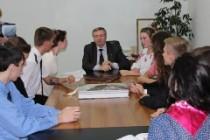 Лідери учнівського самоврядування області навчалися у Всеукраїнській школі управлінської майстерності